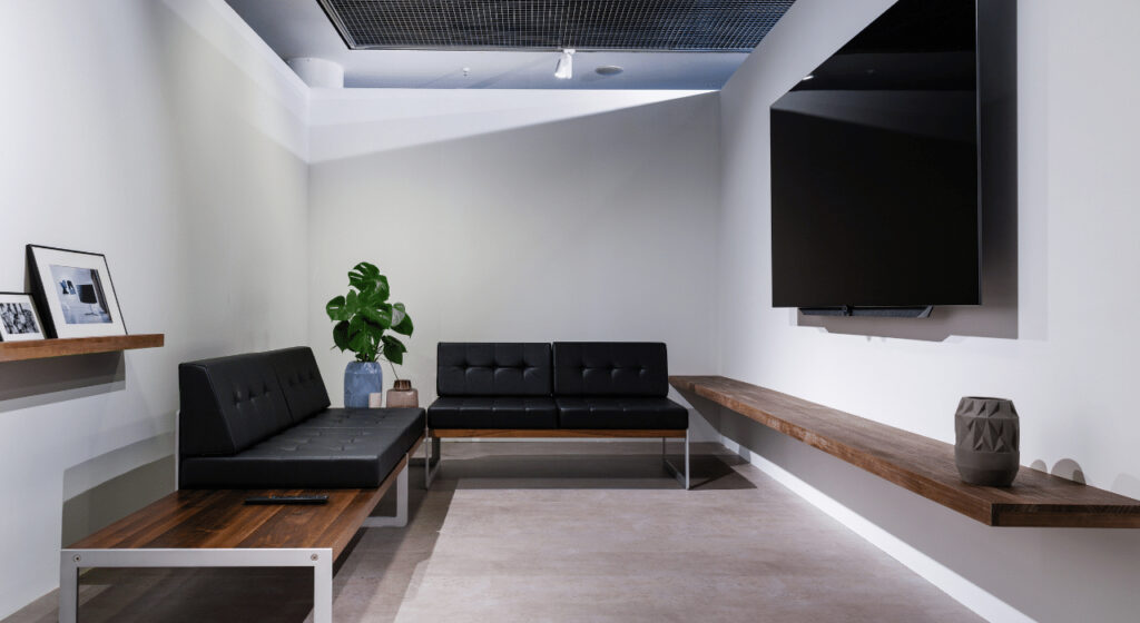 Signs It's time to upgrade to a home theater- Sacramento CA